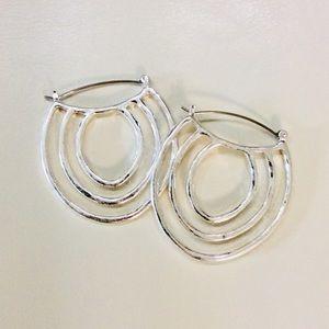 NWT Robert Lee Morris Soho Silver Plated Earrings